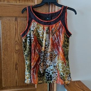Byer California womens sleeveless shirt